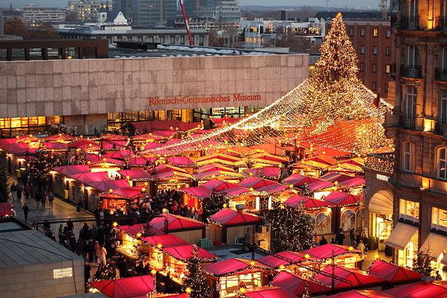 öffnungszeiten Weihnachtsmarkt Köln.Koeln Lese Weihnachtsmarkt Am Kölner Dom
